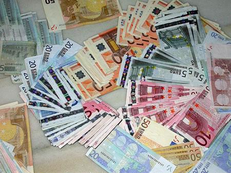 dinero-efectivo